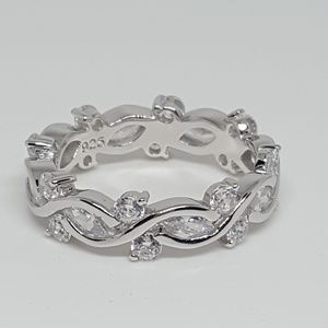Jewelry - Sterling Silver Eternity Ring